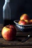 Todavía composición de la manzana de la vida Imagenes de archivo