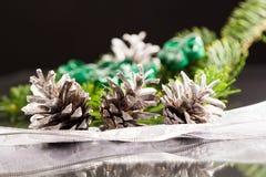 Todavía composición de la vida con las decoraciones de la Navidad Foto de archivo libre de regalías