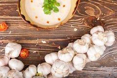 Todavía de la comida vida sucia en fondo de madera Foto de archivo libre de regalías