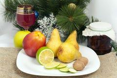Todavía de la Navidad vida con la fruta Imagenes de archivo