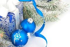 Todavía de la Navidad vida en azul Imagenes de archivo