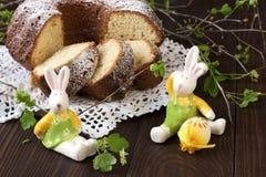 Todavía de Pascua vida con la torta Fotografía de archivo libre de regalías