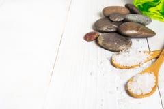 Todavía del balneario vida con la sal, la piedra y el jabón Foto de archivo libre de regalías
