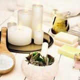Todavía del balneario vida con las velas ardientes Imágenes de archivo libres de regalías