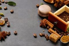 Todavía del café fondo de la vida - granos y especias Imagen de archivo libre de regalías