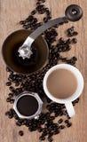 Todavía del café vida en la tabla de madera Fotografía de archivo