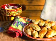 Todavía del estilo rural vida con las empanadas Imagen de archivo libre de regalías