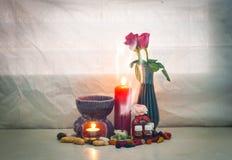Todavía el sistema de la vida del palillo de ídolo chino del aroma en hornilla de incienso con incen Foto de archivo