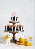 Todavía fiesta del té enojada de la vida con los molletes Fotografía de archivo libre de regalías