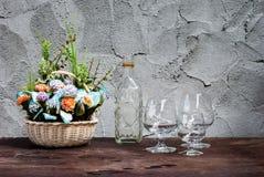 Todavía flor de la vida con las botellas de cristal diferentemente formadas Imágenes de archivo libres de regalías