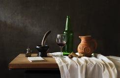 Todavía fotografía de la vida con el vino rojo Fotografía de archivo libre de regalías