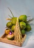 todavía fruta del coco de la carne de la vida Imagenes de archivo