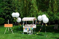 Todavía imagen de la vida de una barra de caramelo dulce imágenes de archivo libres de regalías