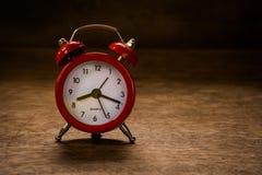 Todavía reloj del rojo de la vida Foto de archivo