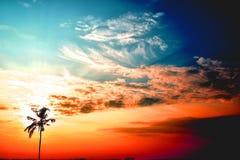 Todavía salida del sol, con un cielo hermoso Imagen de archivo