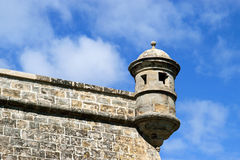 Todavía torre de guardia de vida en las paredes de la ciudad, Pamplona Imagen de archivo libre de regalías