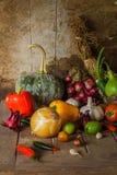 Todavía verduras, hierbas y fruta de la vida. Fotografía de archivo libre de regalías