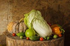 Todavía verduras y frutas de la vida. Imagen de archivo