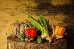 Todavía verduras y frutas de la vida. Imagenes de archivo