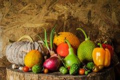 Todavía verduras y frutas de la vida Fotografía de archivo