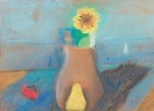 Todavía vida con el jarro y la flor en la tabla Fotografía de archivo