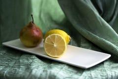 Todavía vida con el limón Imagen de archivo libre de regalías
