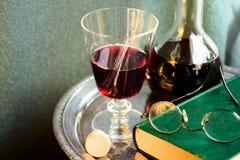 Todavía vida con el vino Fotografía de archivo