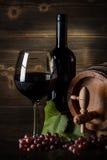 Todavía vida con el vino rojo Imagen de archivo libre de regalías