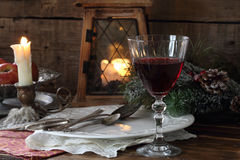 Todavía vida con el vino rojo Vector festivo Fotos de archivo libres de regalías