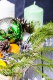 Todavía vida con la decoración del día de fiesta de la Navidad Imágenes de archivo libres de regalías
