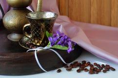 Todavía vida con la taza de café Fotos de archivo libres de regalías