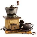 Todavía vida con la taza de café y de café-molino Imagen de archivo libre de regalías