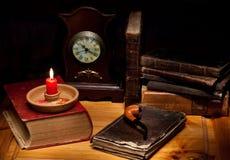 Todavía vida con la vela Fotos de archivo libres de regalías