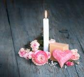 Todavía vida con la vela para el día de madres Fotografía de archivo