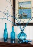 Todavía vida con las botellas en tonos azules Imagen de archivo libre de regalías