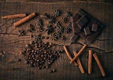 Todavía vida con las especias, el café y el chocolate Imagen de archivo libre de regalías