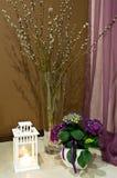 Todavía vida con las flores de la primavera Imagen de archivo libre de regalías