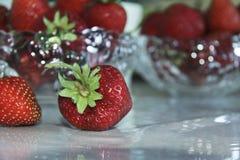 Todavía vida con las fresas Imagen de archivo libre de regalías