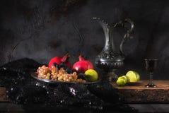 Todavía vida con las frutas y el vino Fotos de archivo libres de regalías
