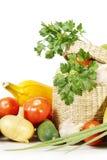 Todavía vida con las frutas y verduras frescas Imagen de archivo