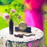 Todavía vida con las rosas Imagenes de archivo