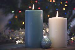 Todavía vida con las velas ardientes Imagen de archivo