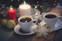 Todavía vida con las velas y el café Fotos de archivo
