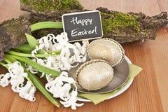 Todavía vida con los huevos de Pascua Foto de archivo