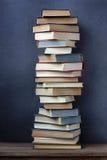 Todavía vida con los libros Fotos de archivo
