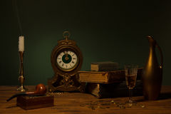 Todavía vida con los objetos del vintage Foto de archivo libre de regalías