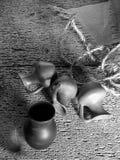 Todavía vida con los tarros de arcilla Imagen de archivo libre de regalías