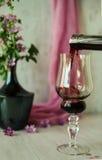 Todavía vida con un vidrio de vino Fotos de archivo libres de regalías