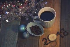 Todavía vida con una taza de café y una inscripción 2018 Foto de archivo libre de regalías