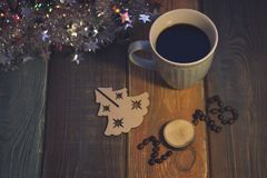 Todavía vida con una taza de café y una inscripción 2018 Imagen de archivo libre de regalías